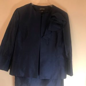 Jasper ladies 3 pc suit size 8